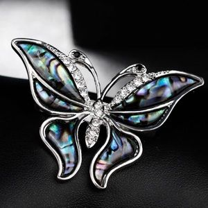 🆕 Multi-color Butterfly Brooch